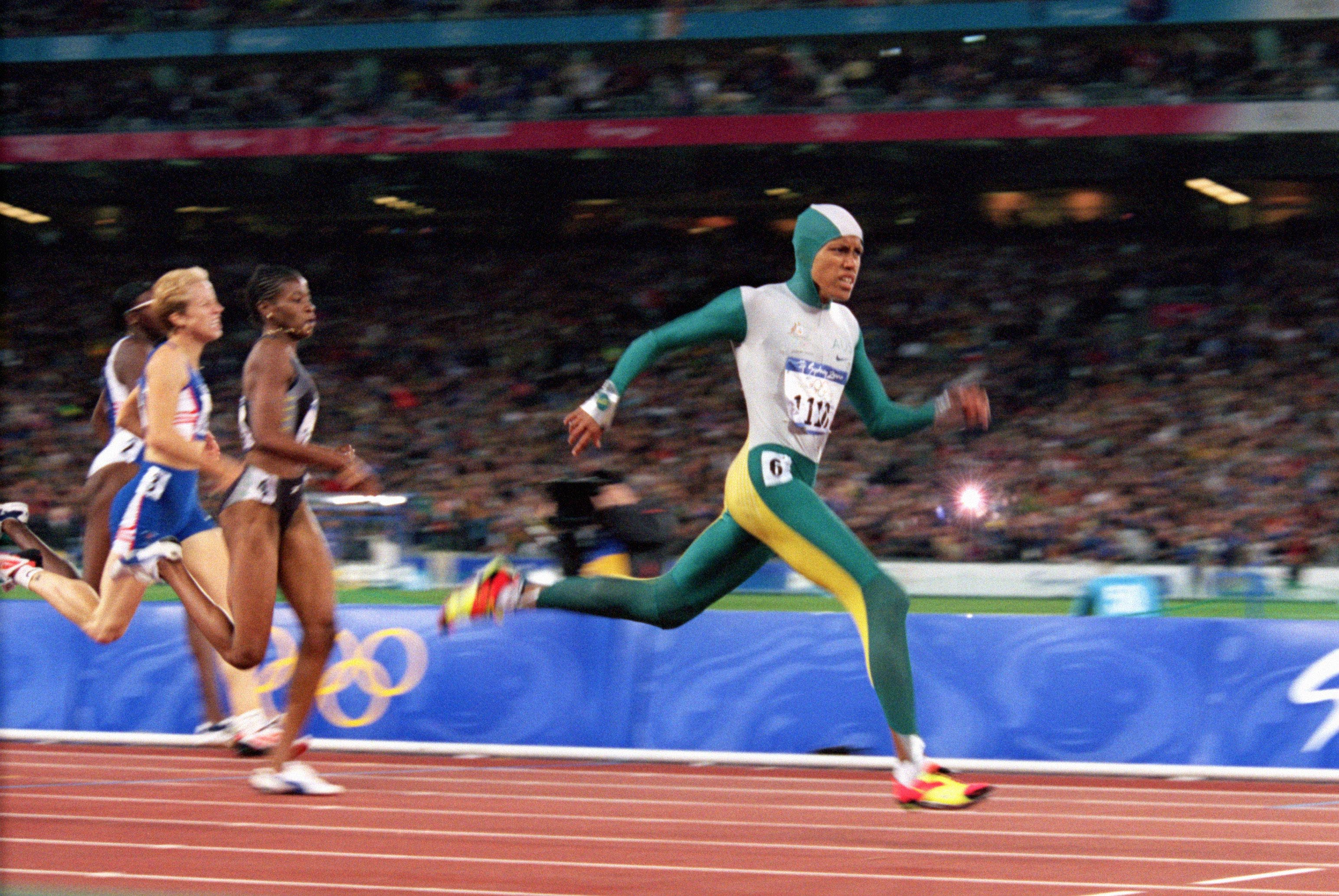 Cathy Freeman during the 400m final at the Sydney Olympics, 25 September 2000